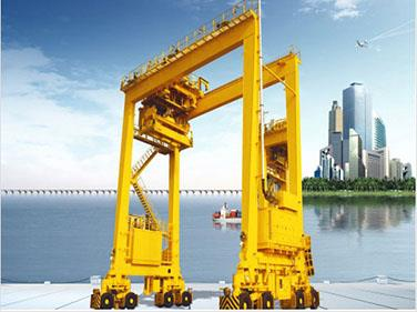 Advanced Performance Rubber-Tyred Container Portal Crane.jpg